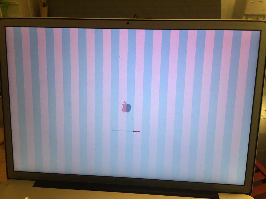 Искажение цветопередачи, вертикальные полосы, белый экран