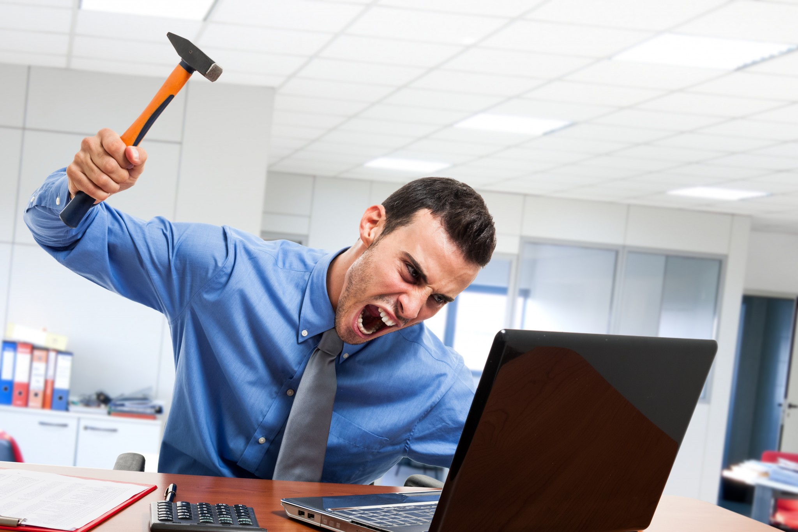 Что делать при зависании и сильном торможении ноутбука на Windows 7