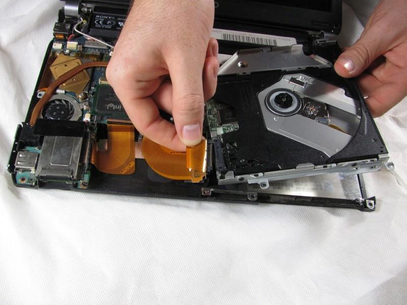 Особенности очистки линзы лазера, как не испортить